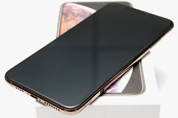 Apple iPhone XS Max 64G 金色
