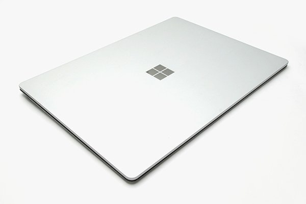 Surface Laptop M3-7Y30 4G / 128G 一代