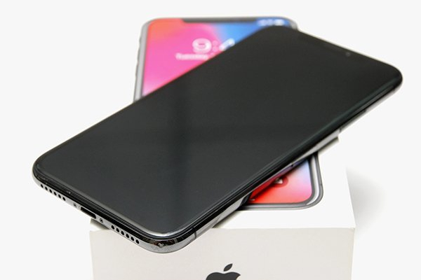 Apple iPhone X 256G 訊號不穩
